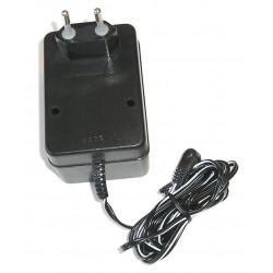 220V Netzadapter für PELI Akku-Lampen